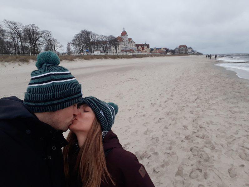 Kuss am Strand in Kühlungsborn